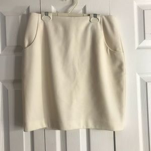 H&M white skirt with pockets